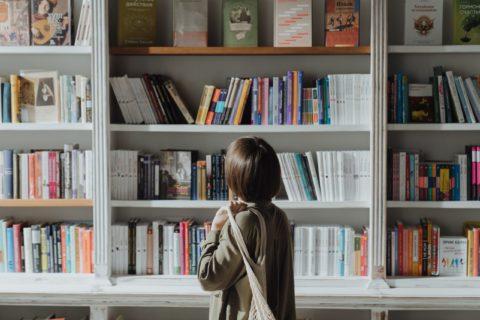 Se lancer et réussir sa reconversion professionnelle en tant que traductrice – Translate – EP01 – Éléonore Lovillo